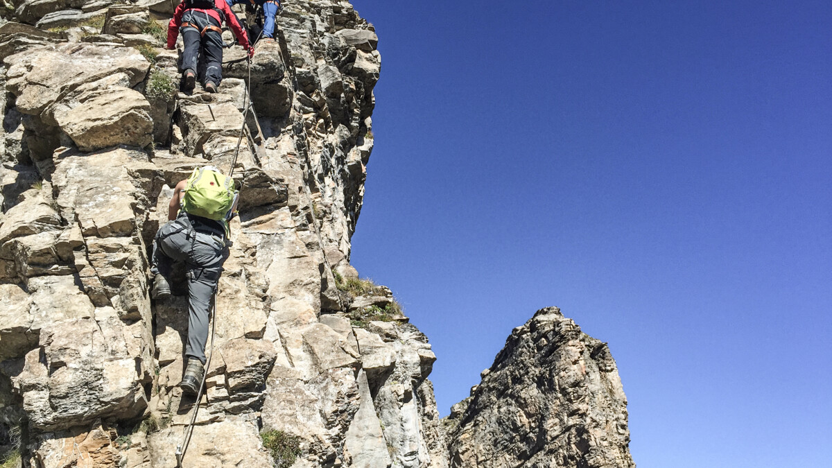 Klettersteig Adelboden : Klettersteig graustock klettern herausforderung titlis engelbrg